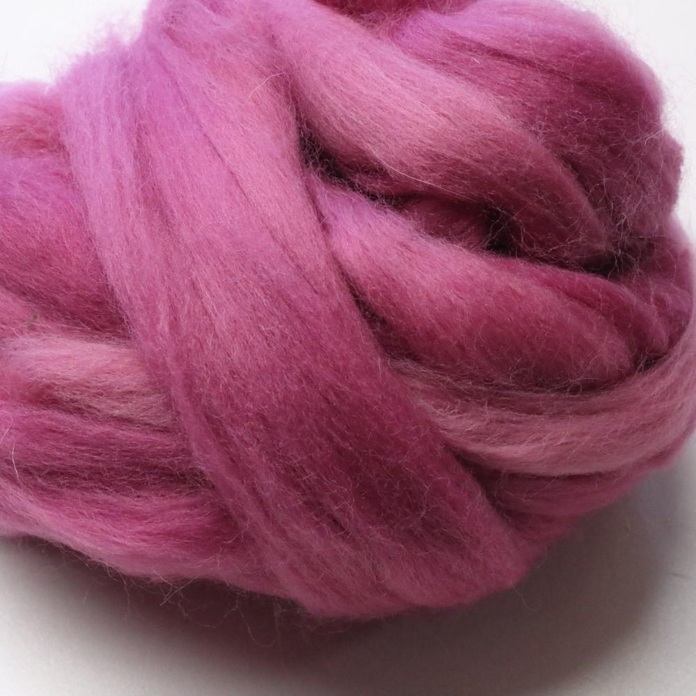 50g Pack of Tonal Pinks 23 Micron Merino Wool Tops